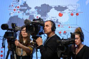 Covid19 - Streaming remotos para seminarios Foto: Fabrice COFFRINI / AFP